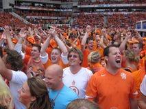 Ventiladores de futebol holandeses Fotografia de Stock