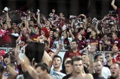 Ventiladores de futebol no estádio Fotografia de Stock