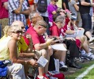 Ventiladores del campo de entrenamiento de los cardenales del NFL Arizona Fotografía de archivo libre de regalías