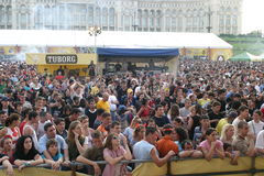 Ventiladores en Tuborg Fest verde Imagenes de archivo