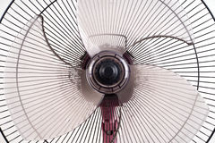 Ventilateur électrique sale sur le fond blanc Image stock
