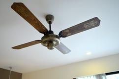 Ventilateur de plafond en bois Images libres de droits