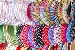 Ventilateurs espagnols colorés Photographie stock libre de droits