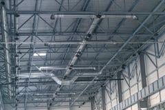 Ventilatiesysteem onder het plafond stock afbeeldingen