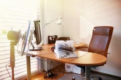 Ventilator in het bureau Stock Foto