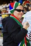Ventilatore di calcio del SA impacchettato fino a coraggioso freddo Fotografie Stock