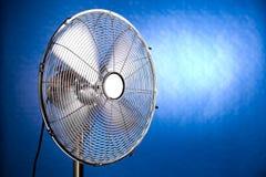 Ventilatore di funzionamento del metallo Immagini Stock