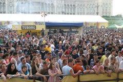 Ventilatori a Tuborg Fest verde Immagini Stock