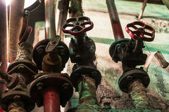 Ventile des alten Dampfs an der Fabrik Lizenzfreies Stockfoto