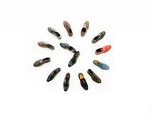 Ventiquattr'ore su ventiquattro scarpe Fotografia Stock Libera da Diritti