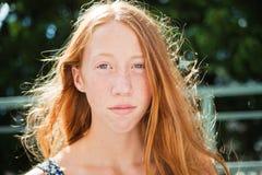 Vento in capelli rossi Fotografie Stock