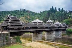 Vento di Diping e ponte della pioggia, architettura della nazionalità di Dong Immagine Stock Libera da Diritti