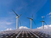 Vento e pannello solare Fotografie Stock Libere da Diritti