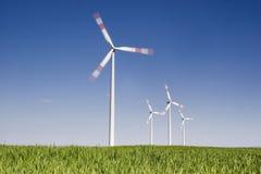 Vento-turbine giranti Fotografia Stock
