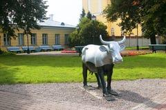 Ventspils, Lettland - August 11, 2018: Eine vieler Kühe auf lizenzfreie stockfotos