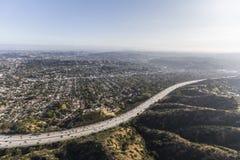 Ventura Freeway Eagle Rock California antenn arkivbilder