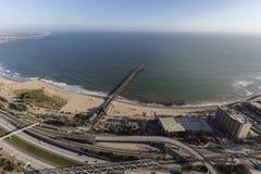 Ventura Pier en Snelweg in Zuidelijk Californië stock foto