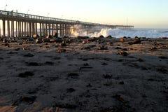 Ventura Pier Sturm Wave Imágenes de archivo libres de regalías