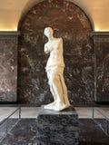 Venus de Milo en el Louvre foto de archivo