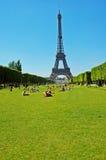 Verão em Paris fotos de stock