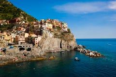 verão ensolarado em Cinque Terre Imagens de Stock