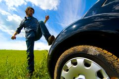 Verärgert an Auto 3 lizenzfreie stockfotografie