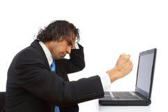Verärgert für Laptop lizenzfreie stockfotografie