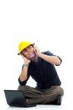 Verärgerte Arbeitskräfte schließen seine Ohren Stockfoto