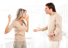 Verärgerte Paare