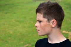 Verärgerter blendend Junge Lizenzfreie Stockfotografie