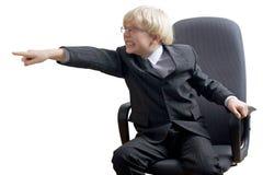 Verärgerter Junge transportiert mit Raserei Lizenzfreies Stockfoto