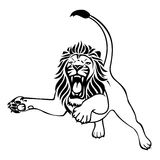 Verärgerter Löweangriff Lizenzfreie Stockfotos