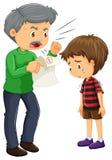Verärgerter Vater und Junge mit schlechten Graden auf Papier Stockbilder