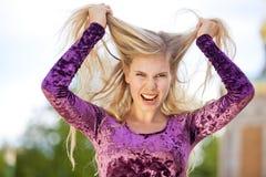 Verärgertes blondes Art und Weisebaumuster Lizenzfreie Stockbilder