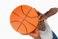 Över huvudet sikt av basketspelare Arkivbild