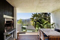 Patio disegno veranda : Veranda Piacevole Con La Parete Di Bamb? Fotografia Stock - Immagine ...