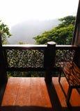 Veranda con la vista, casa tailandese Fotografie Stock Libere da Diritti