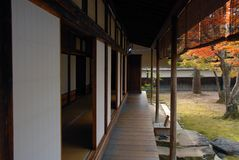 Veranda. Engawa of a traditional Japanese wooden residential house with shoji sliding paper dors and tatami floors Stock Photo