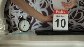 Verandering van kalenderaantallen, 10 Oktober, Vrijdag stock video