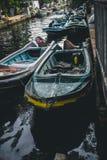 Verankertes Boot in Hamilton-Kanal Lizenzfreies Stockbild