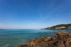 Verano de la opinión del paisaje del paisaje marino en phuket Tailandia Fotografía de archivo