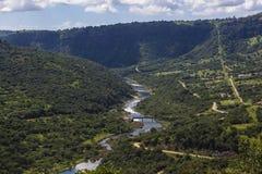Verano del río del valle imagen de archivo
