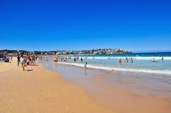 Verano en la playa de Bondi Fotos de archivo libres de regalías