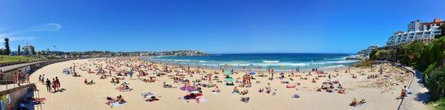 Verano en la playa de Bondi, Sydney, Australia Fotografía de archivo libre de regalías