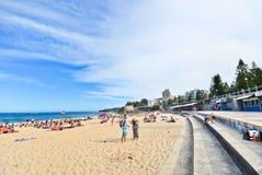 Verano en la playa de Coogee, Sydney, Australia Fotografía de archivo libre de regalías