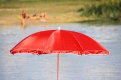 Verano en un lago Imagenes de archivo