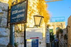 Verbündeter mit verschiedenen Zeichen, in Safed ( Tzfat) Lizenzfreies Stockbild