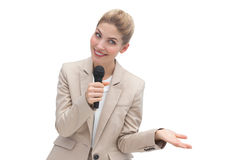 Verbaasde onderneemster die op microfoon spreken Royalty-vrije Stock Afbeelding
