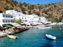 Verbazend Grieks eiland met super strand achtergrondbehangkleine lettertjes stock afbeelding