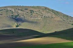 Verbazend landschap in Macin-bergen Stock Afbeeldingen